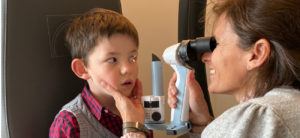 Examen lampe a fente portable pédiatrie
