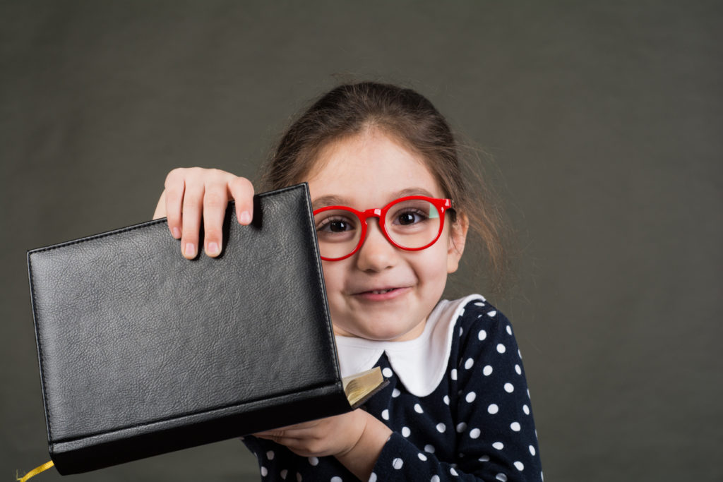 Fille lunettes enfants